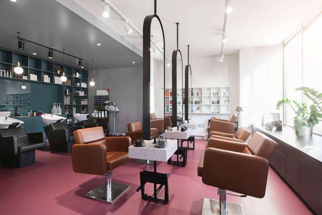 salón de peluquería, belleza y bienestar